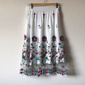 NWT Magic Floral Embroidered Skirt
